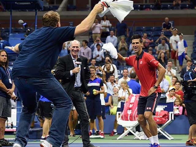 Photo : Djoko Unchained! Novak Djokovic Shakes a Leg After Win