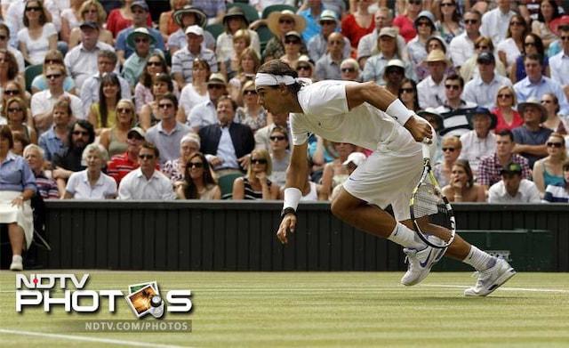 Djokovic crowned new Wimbledon champion