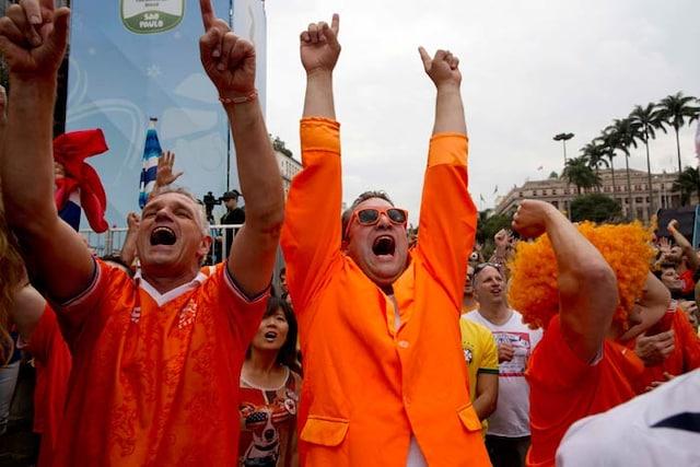 FIFA World Cup: Dutch Fans Paint Brazil Orange