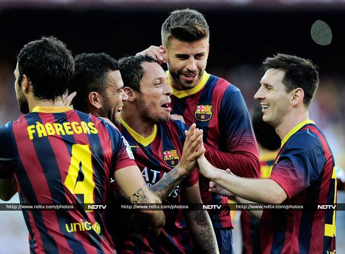 Barcelona start La Liga in style, Real Madrid scrape through