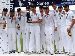 Photo : England wallop New Zealand by 247 runs to sweep Test series