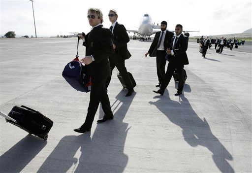 England arrive in West Indies