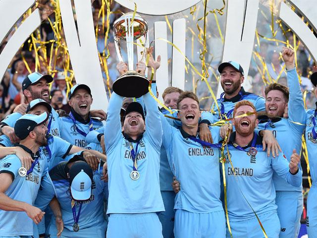 Photo : रोमांचक मुकाबले में न्यूजीलैंड को हराकर इंग्लैंड बना वर्ल्डकप चैंपियन