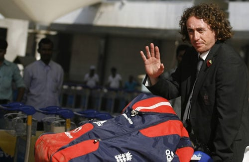 England team arrives in India