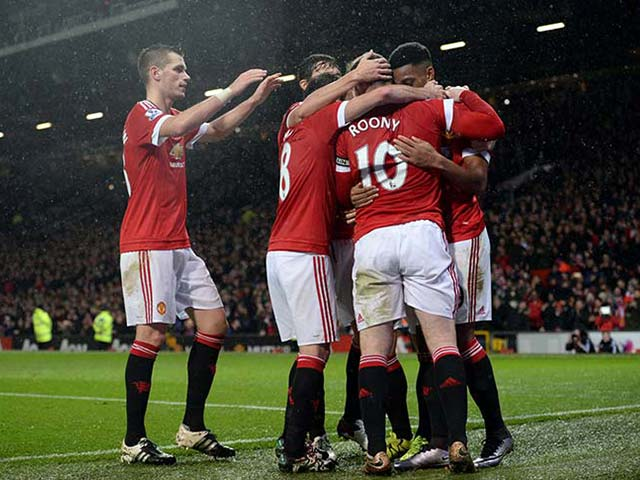 EPL: Manchester Clubs Win, Arsenal Maintain Lead