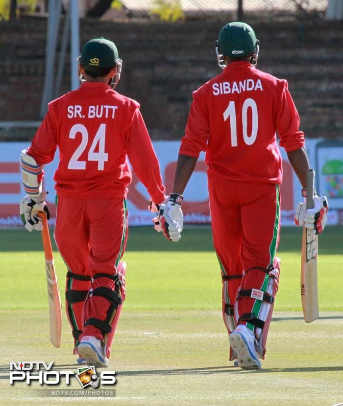 4th ODI: India thrash Zimbabwe by 9 wickets