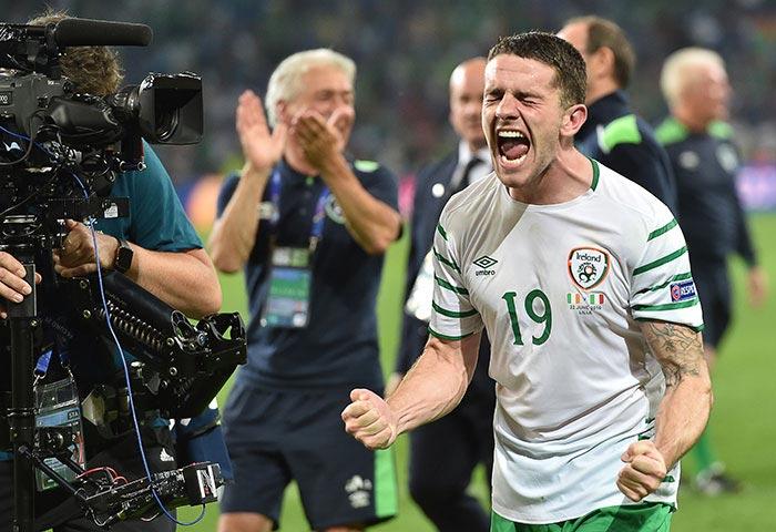 मैच का एकमात्र गोल आयरलैंड के रोबी ब्राडी ने 85वें मिनट में किया।