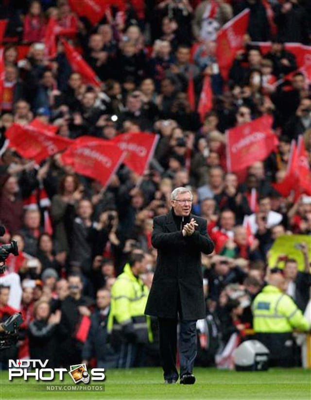 Alex Ferguson bids an emotional goodbye to Old Trafford