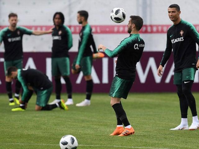 Photo : फीफा वर्ल्ड कप 2018 के लिए खिलाड़ियों ने कसी कमर