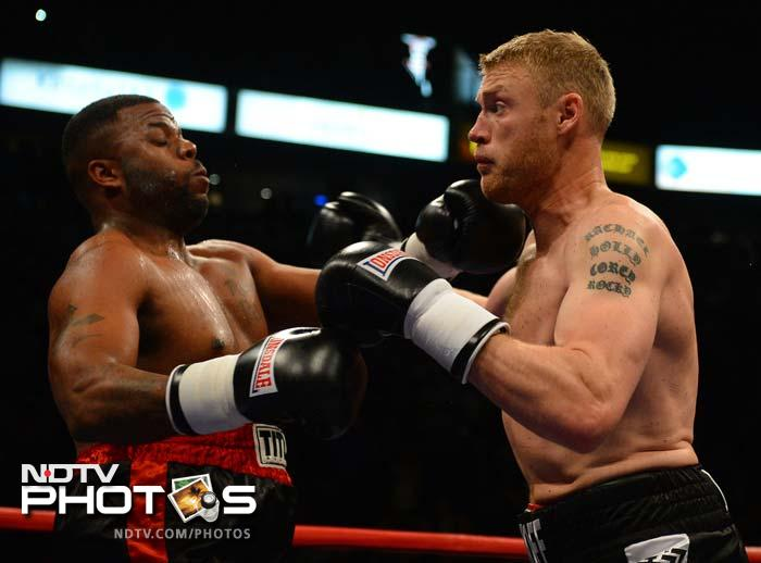 Andrew Flintoff packs a punch, in boxing this time