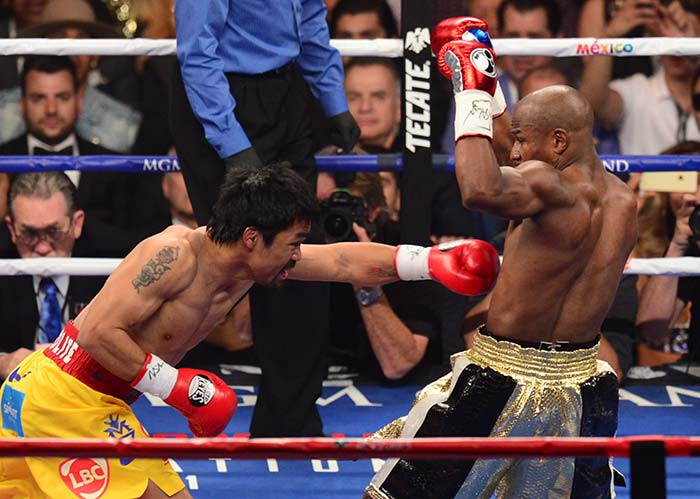 Mayweather Beats Pacquiao to Win 'Fight of the Century'