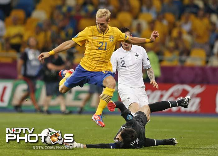 Euro 2012: France through but after Swedish lesson