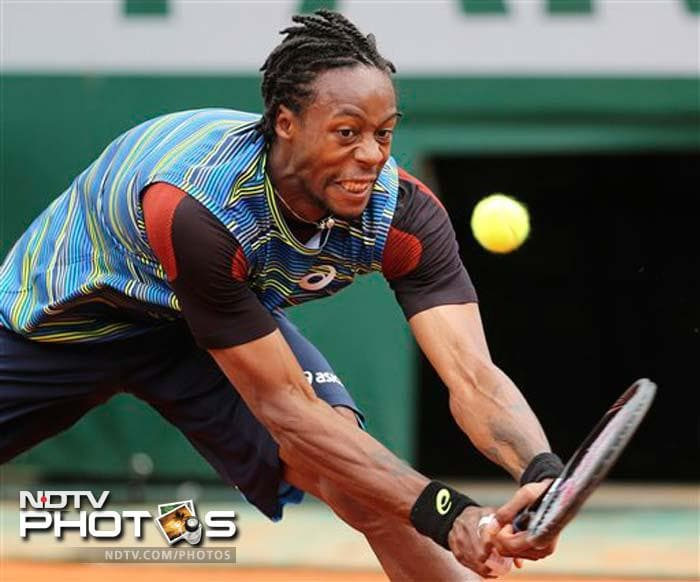 French Open, Day 3: Gael Monfils knocks out Tomas Berdych
