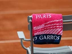 Photo : Rain, racquets and a freshly baked cake - a taste of the 2013 French Open