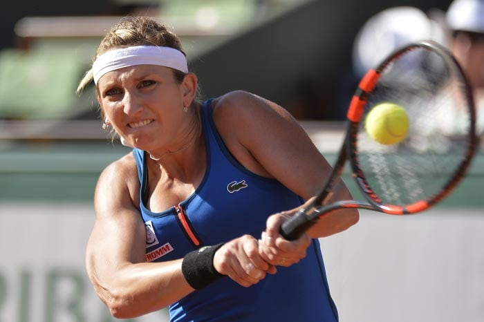 Serena Williams Sets Up French Open Final vs Lucie ...