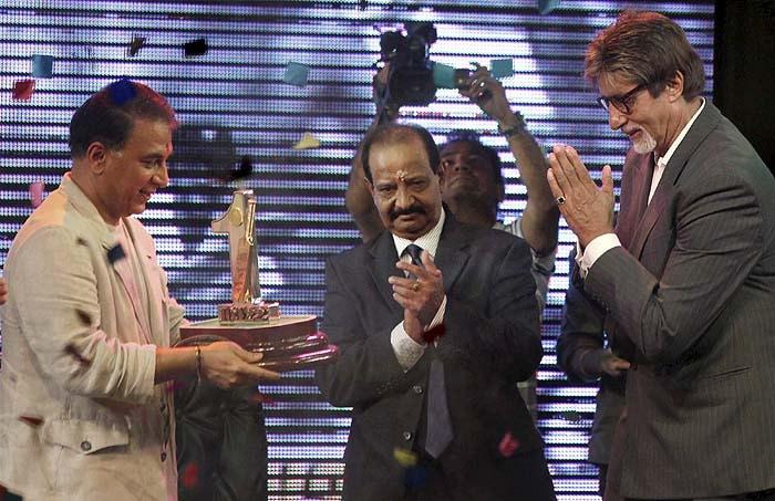 Gavaskar, Vishwanath felicitated