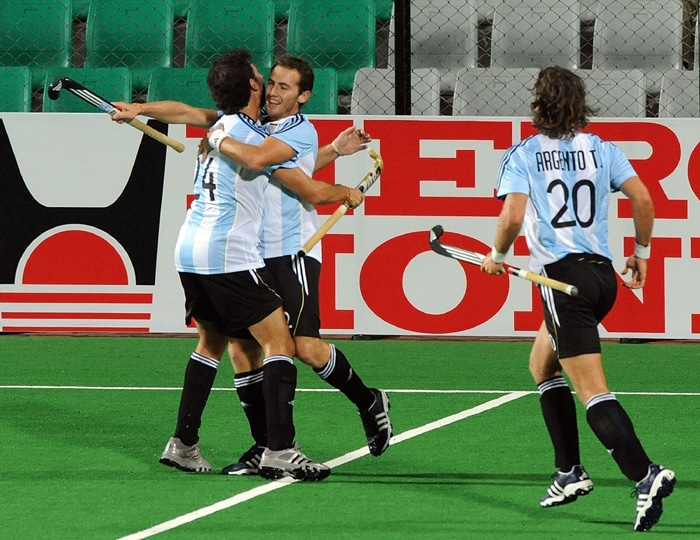 Germany beat Argentina 4-3