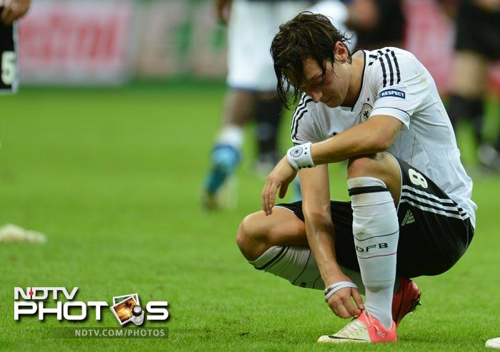 Euro 2012: Balotelli sinks Germany, Italy enter final