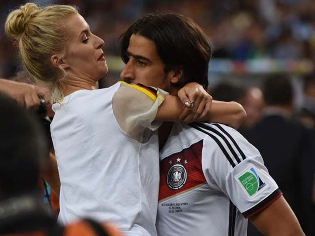 WAGS: The Power Behind German Blitzkrieg!