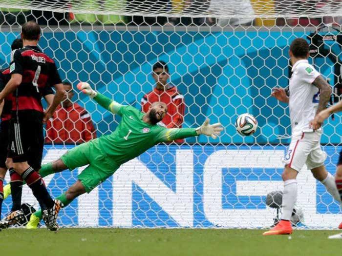Germany Beat USA 1-0 , Both Advance