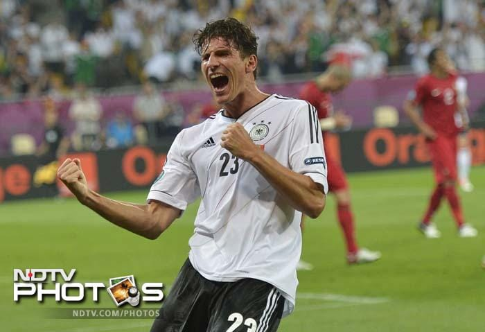 Euro 2012: Gomez powers Germany to win over Portugal