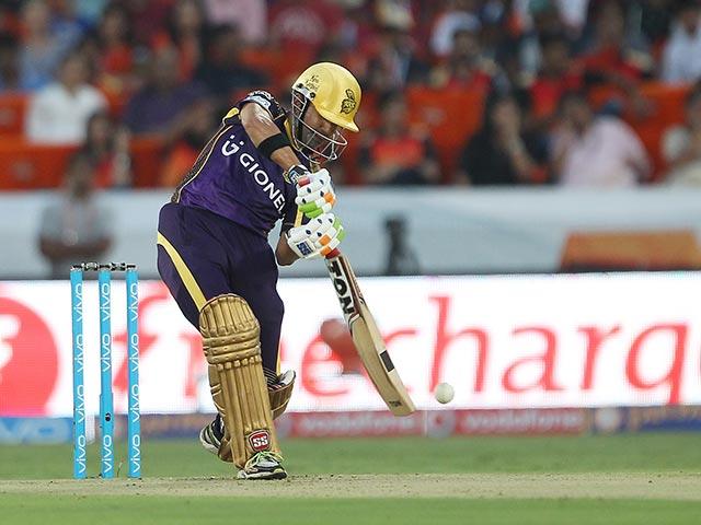 Photo : शानदार गेंदबाजी और गंभीर की कप्तानी पारी ने दिलाई KKR को जीत