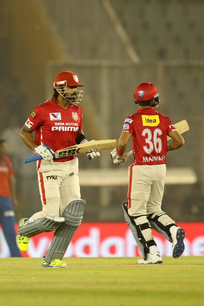 IPL: किंग्स इलेवन पंजाब पर भारी पड़े गुजरात के लायन्स, पांच विकेट से हराया