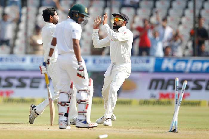 Hyderabad Test, Day 4: Ravichandran Ashwin, Ravindra Jadeja Put India In Command