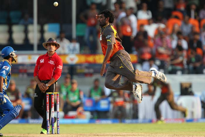 Sunrisers Hyderabad cruise to a win over Mumbai Indians