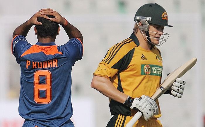 Australia bounce back against India