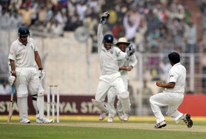 India frustrated by rain delays