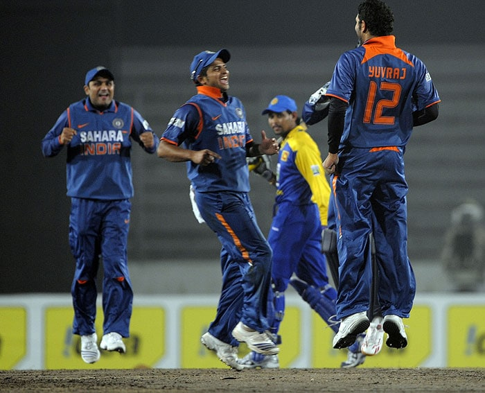 Tri-series Final: India vs SL