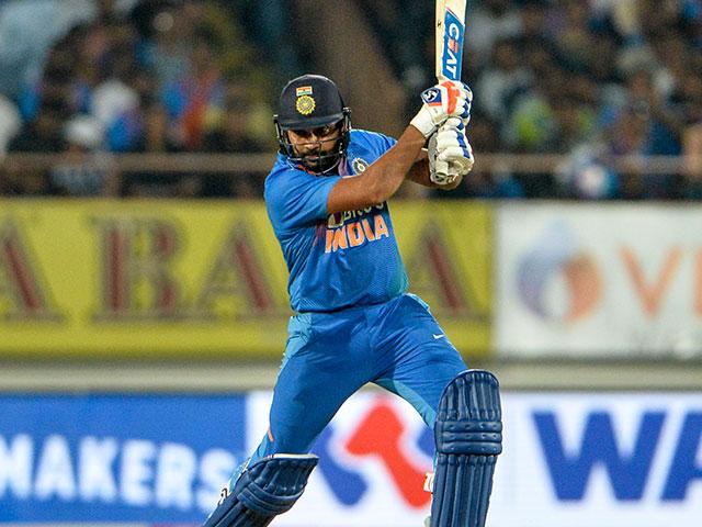 Photo : दूसरा टी20: रोहित शर्मा की शानदार पारी के दम पर जीता भारत, सीरीज 1-1 से बराबर