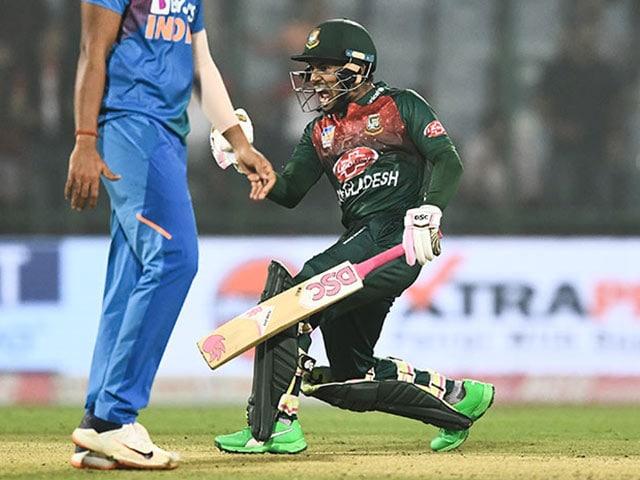 Photo : पहला टी20: मुशफिकुर रहीम ने जड़ा अर्धशतक, बांग्लादेश ने भारत को 7 विकेट से हराया