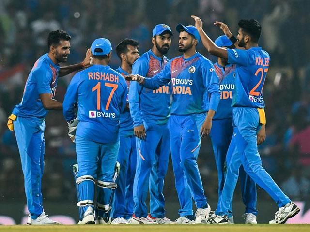 Photo : तीसरे टी20 में भारतीय टीम ने बांग्लादेश को 30 रन से हराया, सीरीज 2-1 से जीती