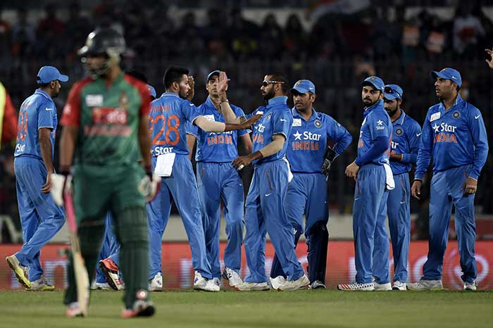 MS Dhoni Seals Sixth Title With A Six After Shikhar Dhawan Fifty