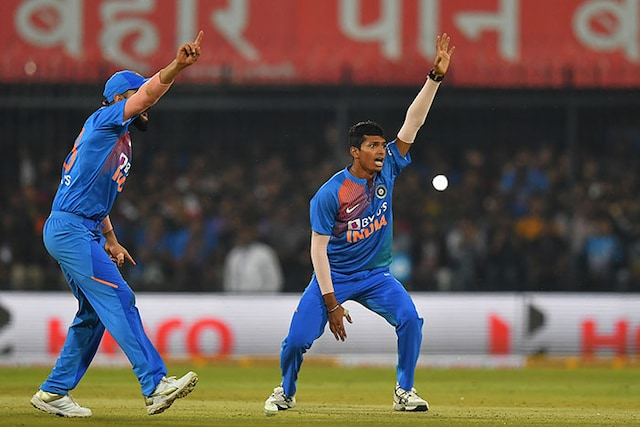 2nd T20I: All-Round India Beat Sri Lanka By 7 Wickets In Indore