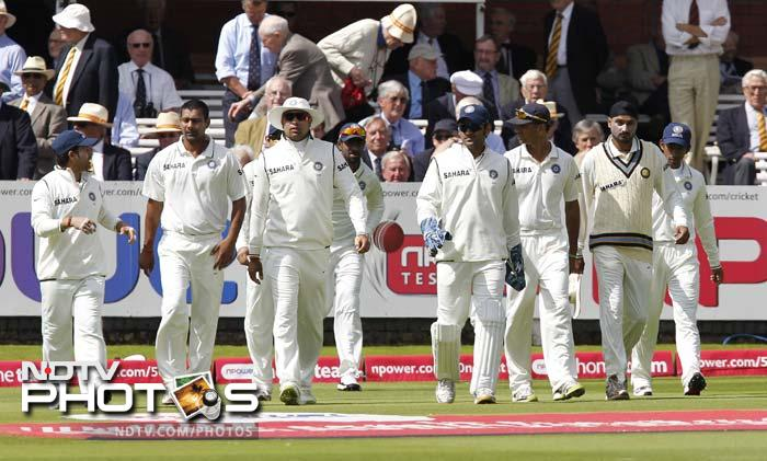 1st Test:  England vs India (Day 2)