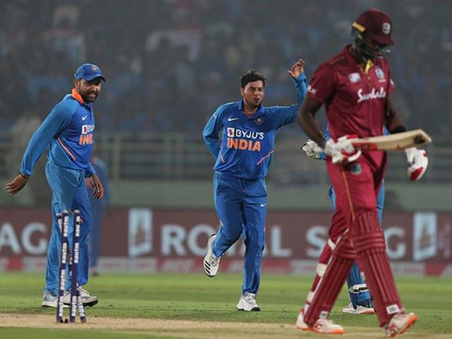 Photo : दूसरा वनडे: रोहित-कुलदीप के शानदार प्रदर्शन की मदद से भारत ने वेस्टइंडीज को हराया