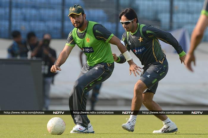 ICC World Twenty20: India and Pakistan train for the big fight