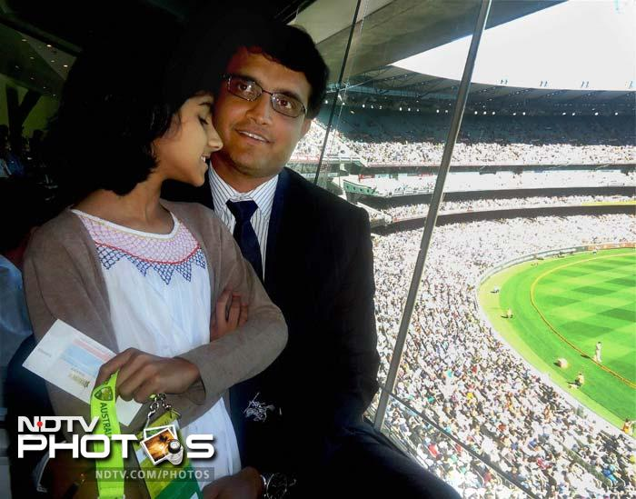 Ganguly with daughter in Melbourne