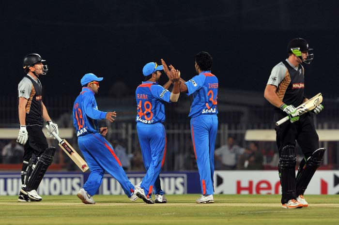 India lose by a run to New Zealand