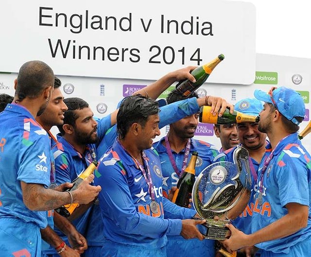 Its Bubbly Time For Team India