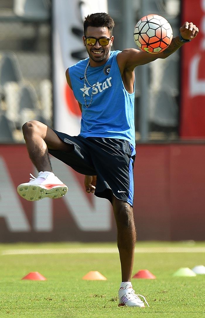 World T20: Mahendra Singh Dhonis Men Train Hard Ahead of West Indies Semifinal Clash
