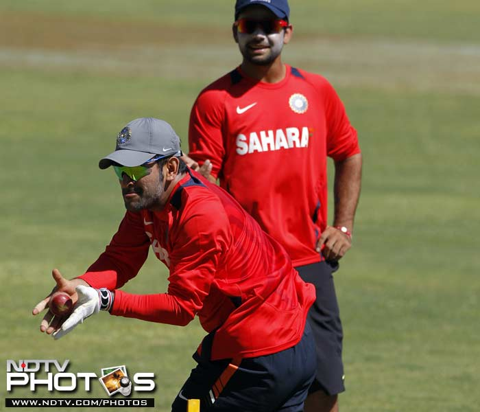 Dhoni returns to cricket, practices with team