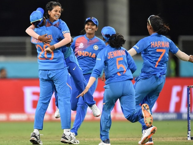 Photo : महिला टी20 विश्व कप: ओपनिंग मैच में भारत ने ऑस्ट्रेलिया को 17 रन से हराया