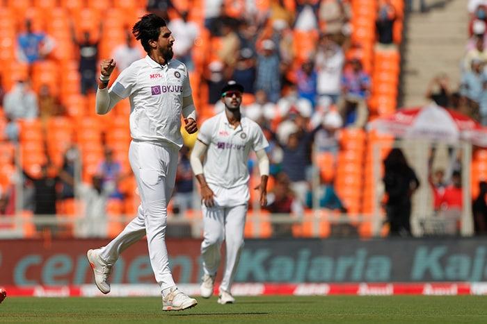 तीसरा टेस्ट: भारत ने इंग्लैंड को 10 विकेट से हराया, सीरीज में 2-1 से आगे