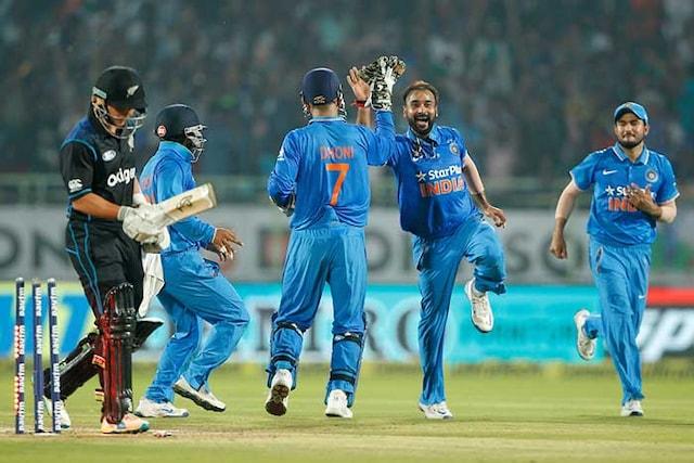 Amit Mishras Spin Web Baffles New Zealand, India Clinch Series