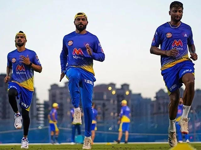 Photo : आईपीएल 2021 एक बार फिर से शुरू होने को तैयार, चेन्नई और मुंबई की होगी भिड़ंत