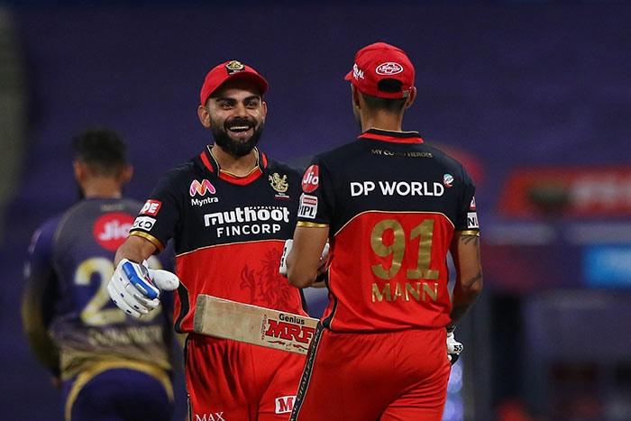 टी20: बैंगलोर ने कोलकाता को आठ विकेट से हराया